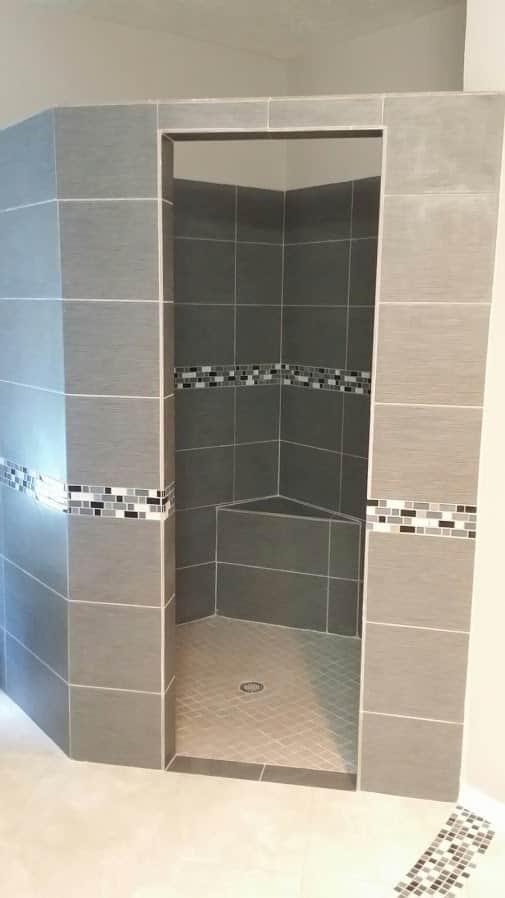 Walk-in shower remodel, shower seat, porcelain and mosaic tilw with no door, Spring, TX.